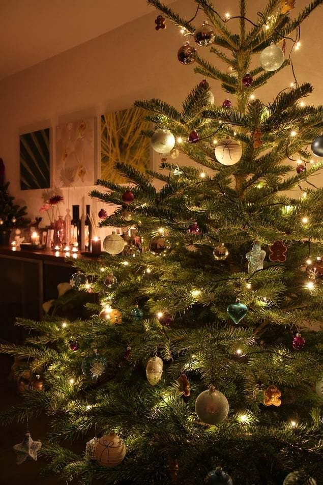 weihnachtsbaum deko merry christmas lifestyle travel. Black Bedroom Furniture Sets. Home Design Ideas