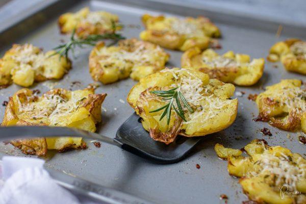 Knusprig Kartoffeln mit Knoblauch & Rosmarin