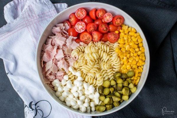 Der beste Pastasalat – einfach & schnell